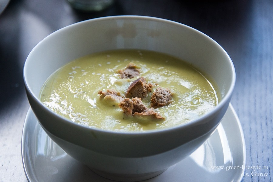 Летний крем-суп из овощей