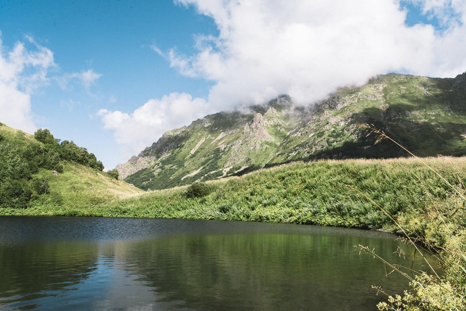 озеро Малое Бзерпи